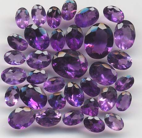 amuletos-para-la-suerte-gemas-3379127