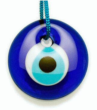 ojo-azul-amuletos-y-talismanes-8535657
