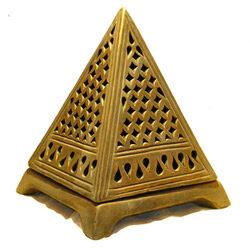 Piramide de la suerte 1758918