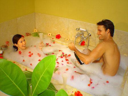 Bano de la sensualidad para parejas 7696687